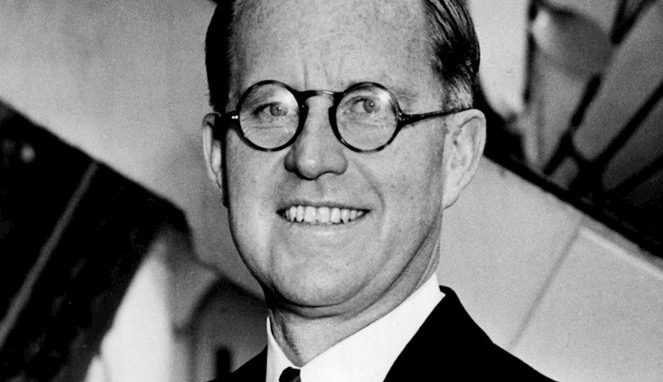 Joseph Kennedy [Image Source]