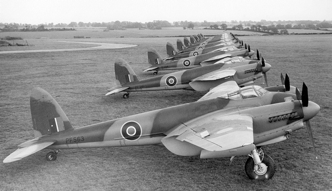 De Havilland Mosquito [Image Source]