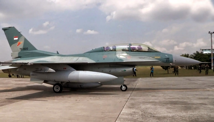 Pesawat F-16 [image source]